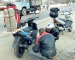 ГАИ начинает штрафовать мопедистов без документов   Фото с сайта podrobnosti.ua