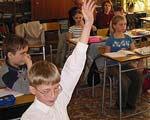 Родители отстояли украинскую школу в Донецке