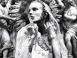 Город ангелов в Elle Ukraine Ragnhild Jevne для Dolce & Gabbana