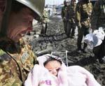 Четырехмесячная японка выжила после трех дней под завалами дома