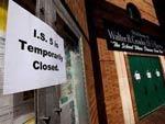 В нью-йоркском районе Куинс закрыто уже 11 школ