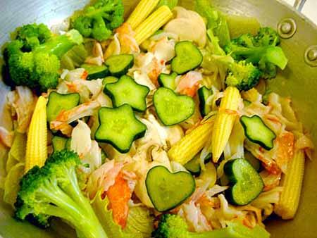 Блюда японской кухни - салаты