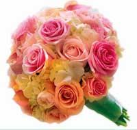 Как правильно выбирать цветы для любимой