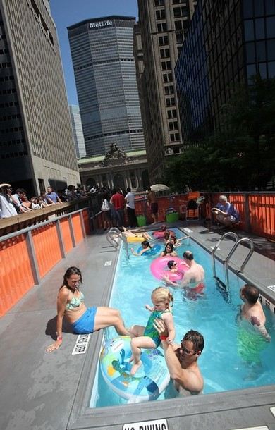 Плавательные бассейны на Манхэттене в Нью-Йорке