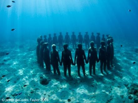 Парк подводной скульптуры в Гренаде