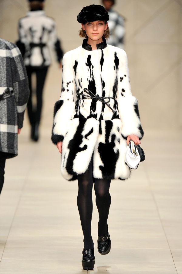 Неделя моды в Лондоне: Burberry Fall 2011