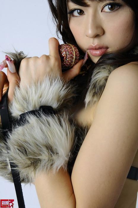 Новая фотосессия модели из Японии Haruna Amatsubo Харуна Аматсубо