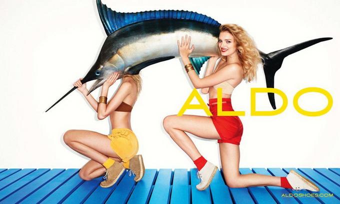 Терри Ричардсон и Лили Доналдсон в рекламе Aldo