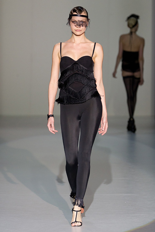 Volvo Fashion Week: La Perla осень-зима 2011/12