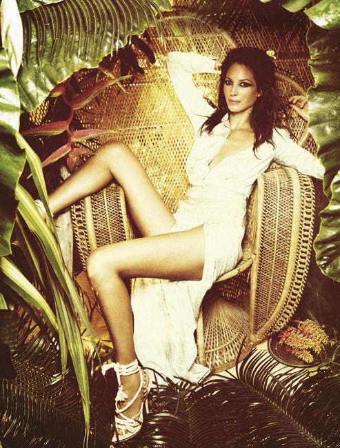 Модель Кристи Терлингтон затерялась в джунглях. Модель Christy Turlington