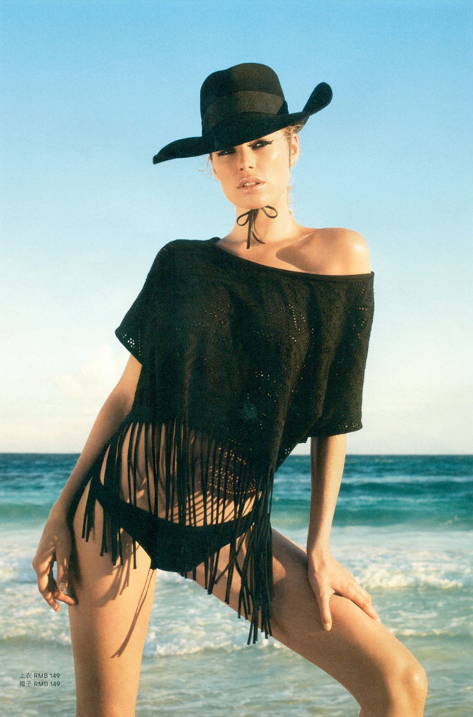 Даутцен Крез в H & M Magazine. Doutzen Kroes на пляжі.