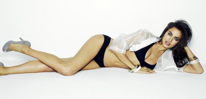Ірина Шейк в рекламі Xti Весна-Літо 2013. Фото розкутої Irina Shayk