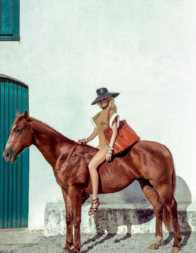 Кендіс Свейнпоул в Vogue Brazil. Фото Candice Swanepoel