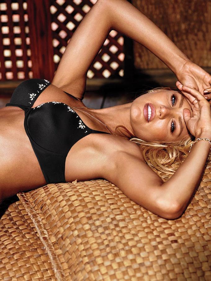 Кэндис Свэйнпоул в новом каталоге Victoria's Secret. Фото Candice Swanepoel