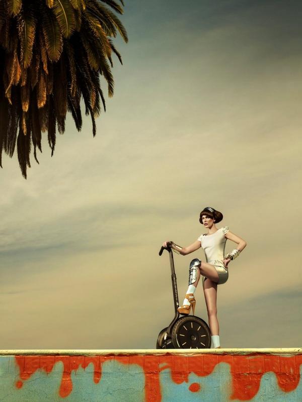 Milla Jovovich Милла Йовович для Harper's Bazaar Singapore