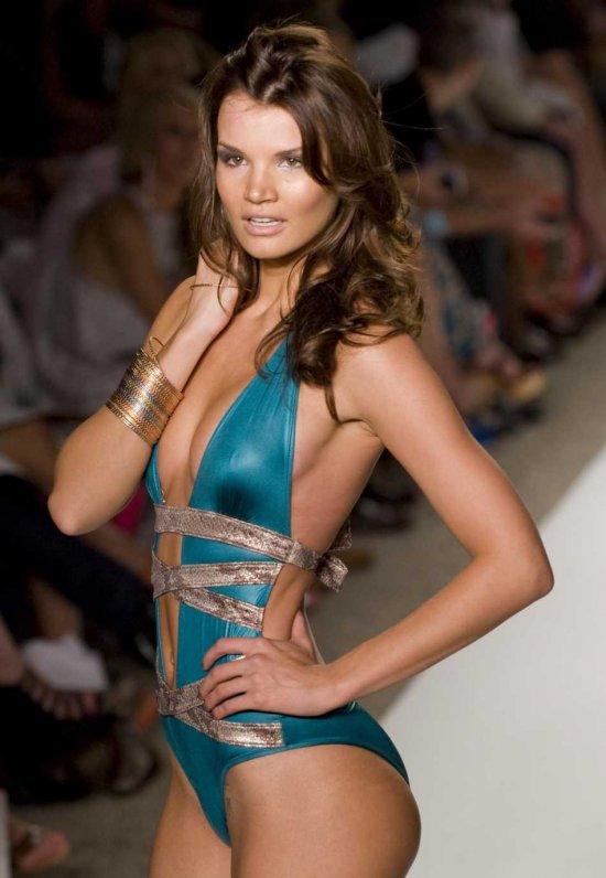 Купальники-2011 новая коллекция из Майами