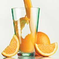 Витамин С от простуды не поможет, но и не навредит