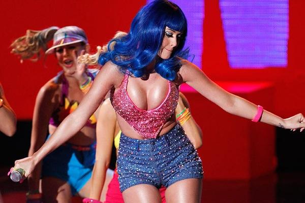 Кинонаграды MTV. Выступление Кэти Перри Katy Perry с новым синглом «California Girls».