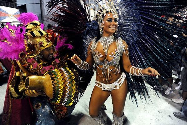 Порно сперма бразильский карнавал