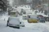 Наслідки стихії: у Києві черги за хлібом, половина транспорту не ходить